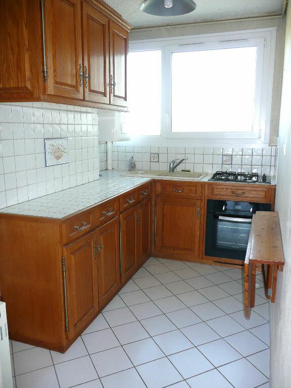 Appartement à louer 5 87.58m2 à Metz vignette-7