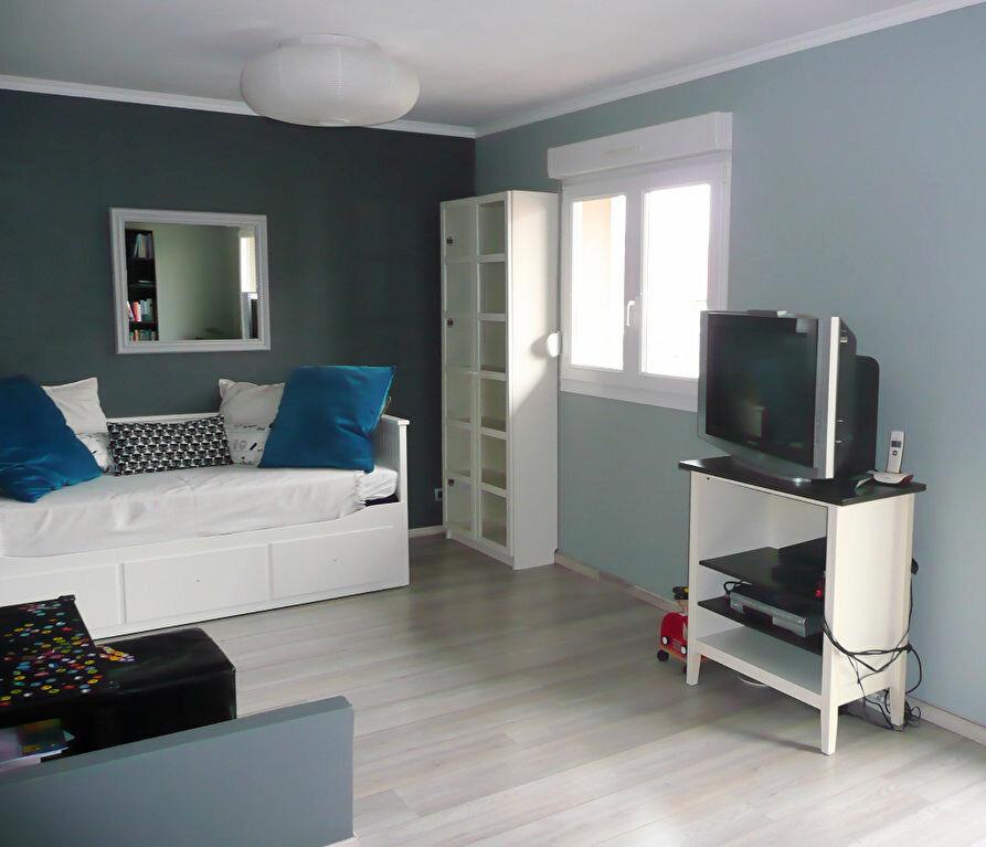 Appartement à louer 3 63m2 à Metz vignette-2