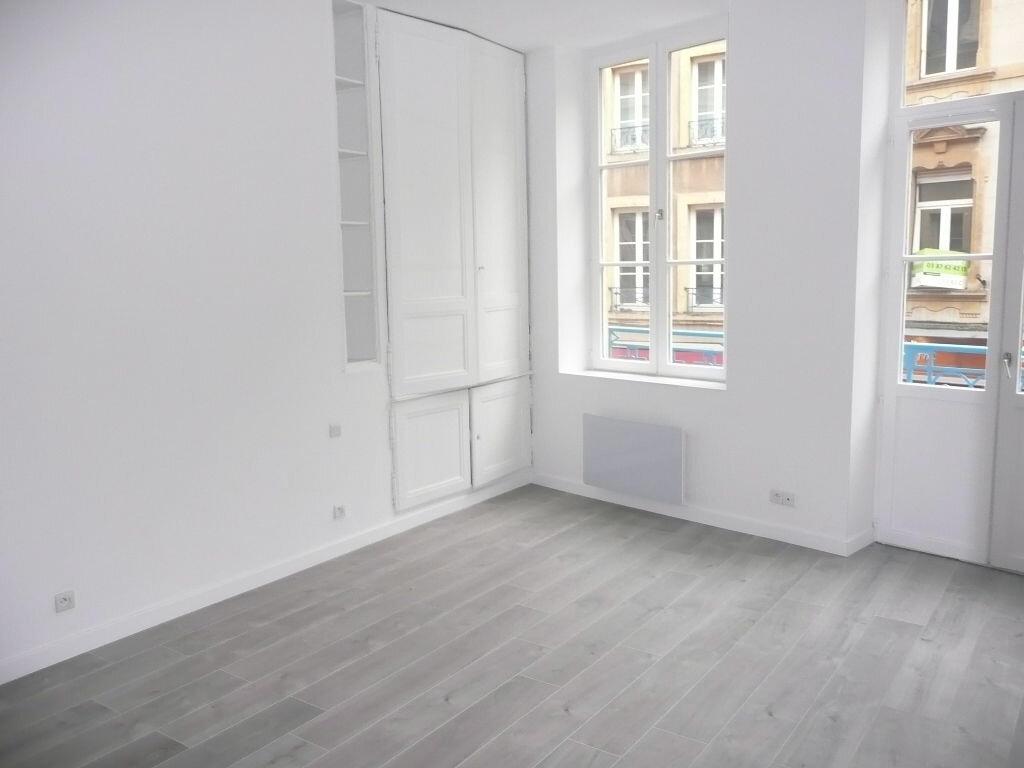 Appartement à louer 2 33.94m2 à Metz vignette-1