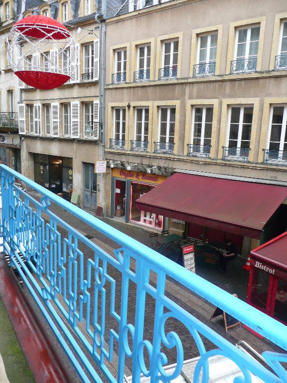 Appartement à louer 2 33.94m2 à Metz vignette-4
