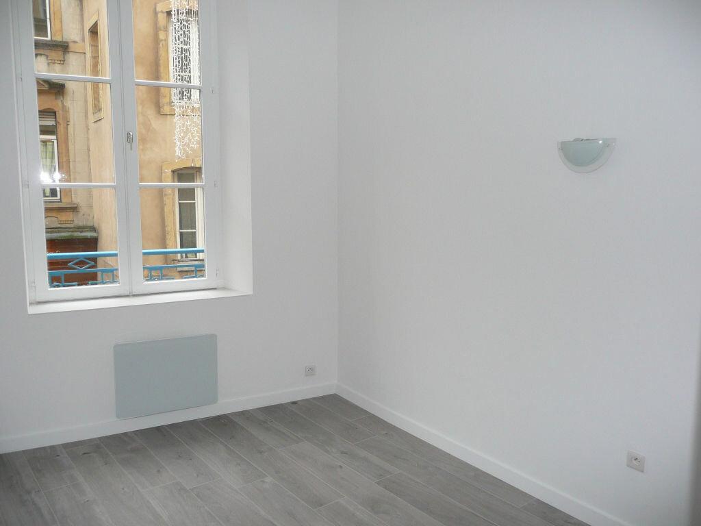 Appartement à louer 2 33.94m2 à Metz vignette-5