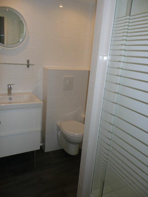 Appartement à louer 2 33.94m2 à Metz vignette-6