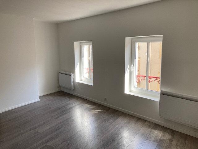 Appartement à louer 2 41.94m2 à Metz vignette-2