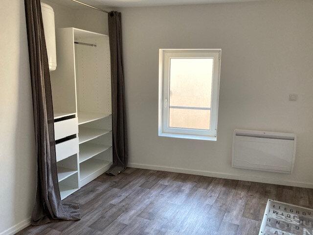 Appartement à louer 2 41.94m2 à Metz vignette-4