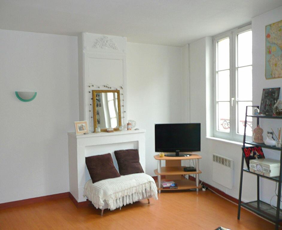 Appartement à louer 1 47.21m2 à Metz vignette-2