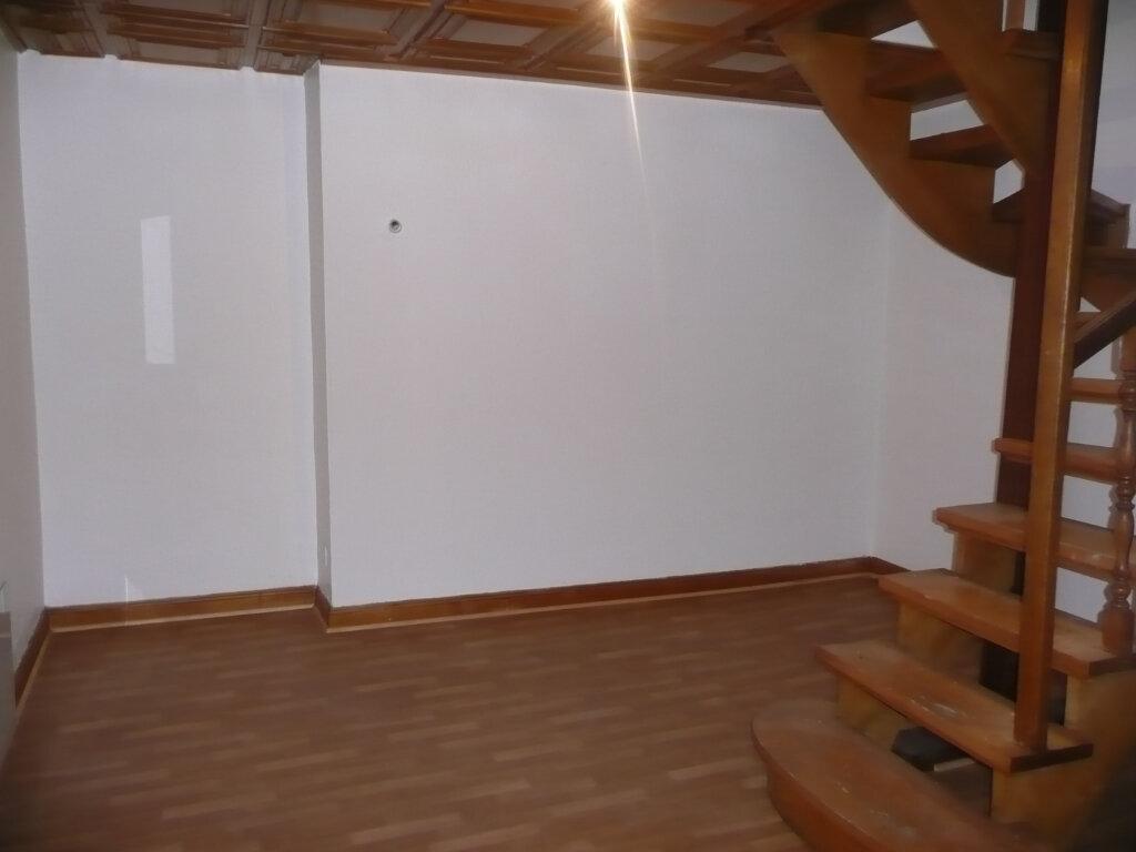Appartement à louer 3 61m2 à Metz vignette-2