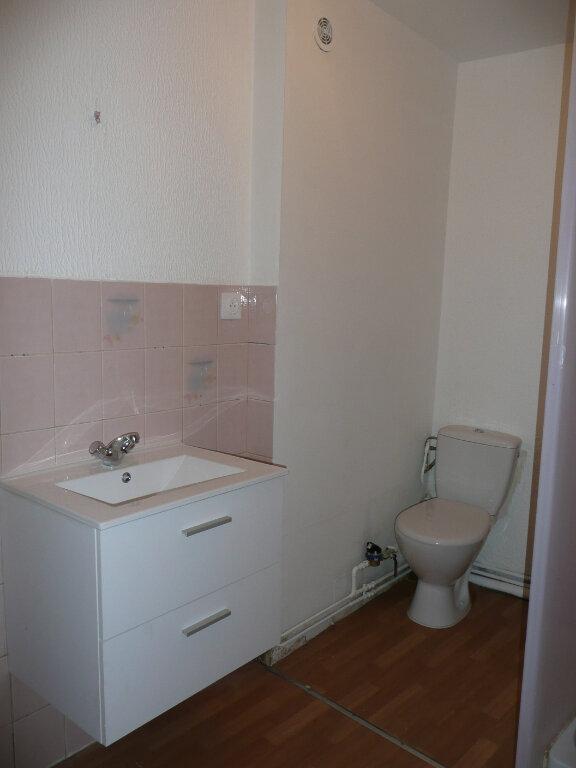 Appartement à louer 3 61m2 à Metz vignette-3