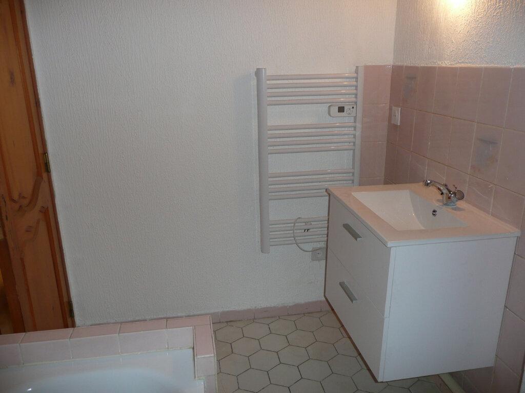 Appartement à louer 3 61m2 à Metz vignette-6