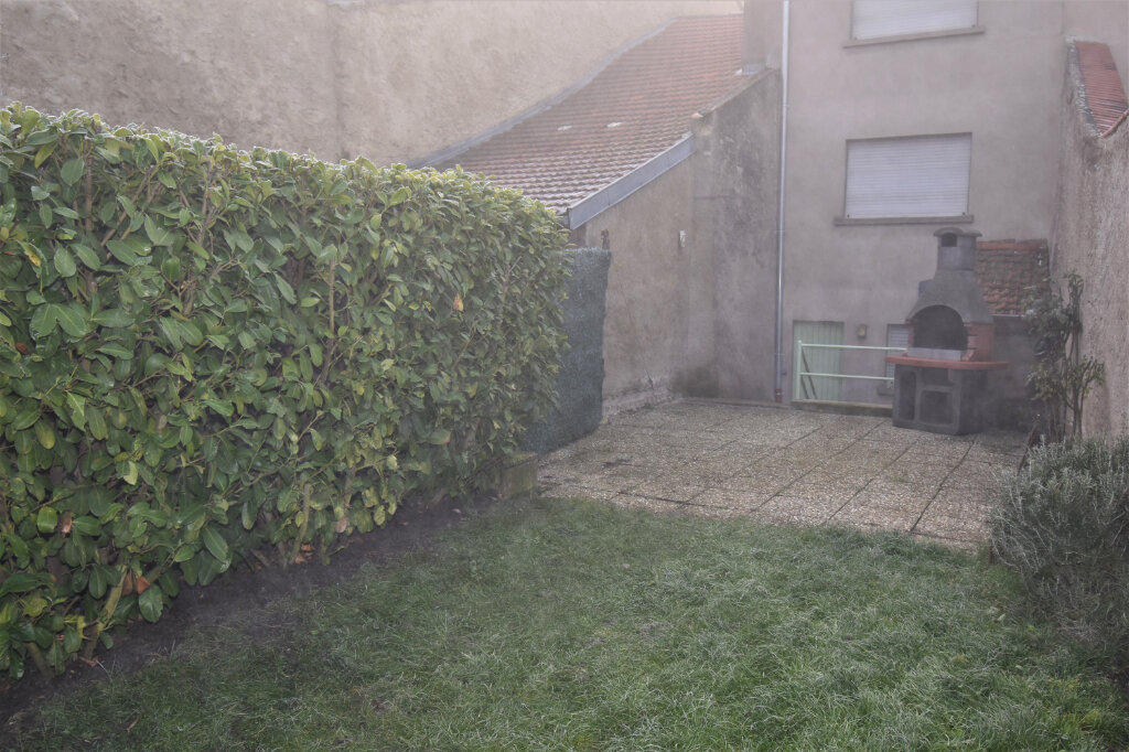 Maison à louer 3 115m2 à Luttange vignette-6