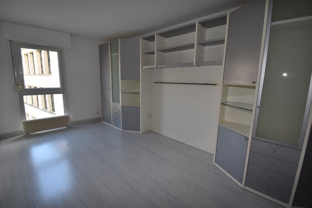 Appartement à vendre 5 112m2 à Metz vignette-9