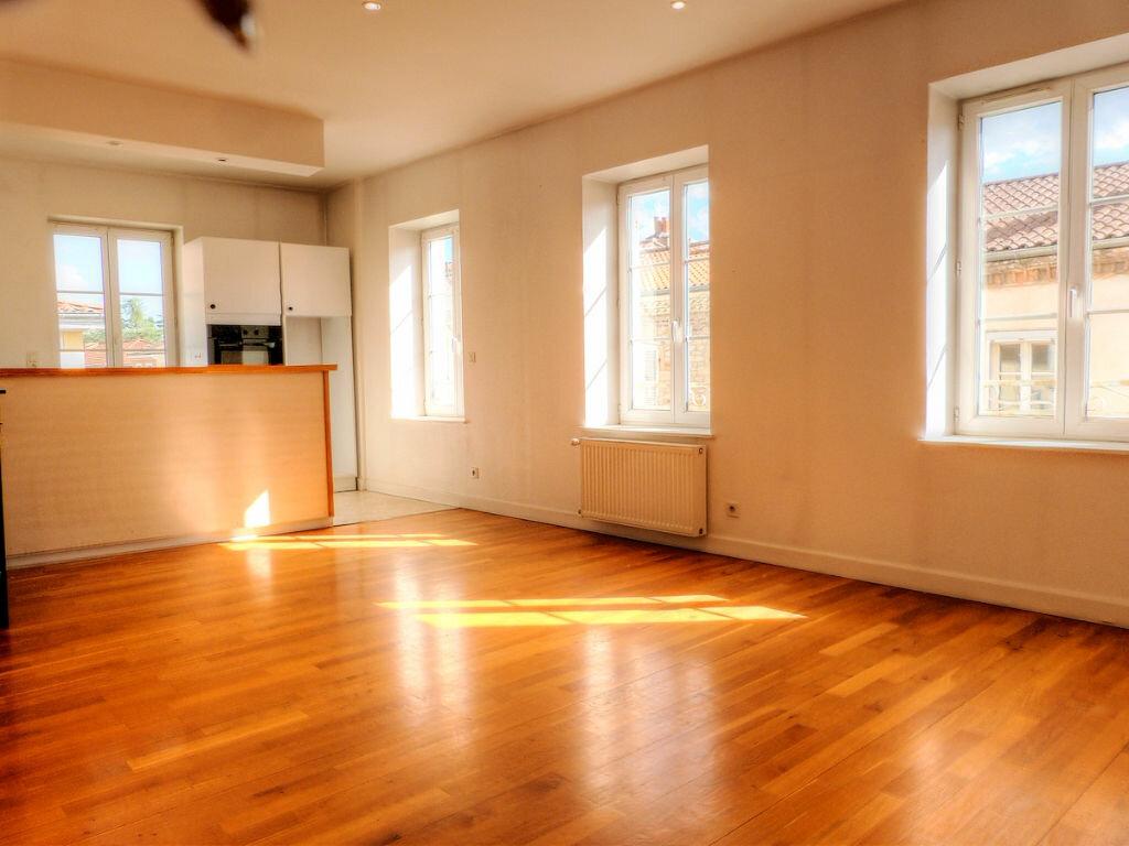 Appartement à vendre 4 86.3m2 à Trévoux vignette-1