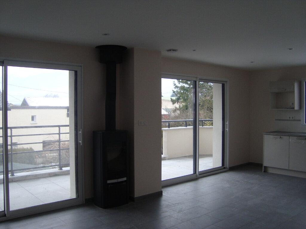 Appartement à louer 4 85.1m2 à Cessy vignette-9