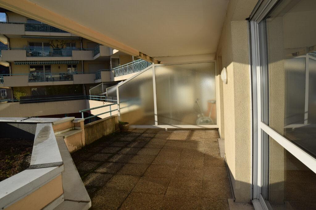 Appartement à louer 2 47m2 à Gex vignette-9