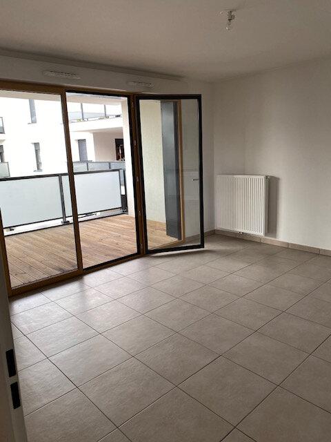 Appartement à louer 3 65.49m2 à Gex vignette-4