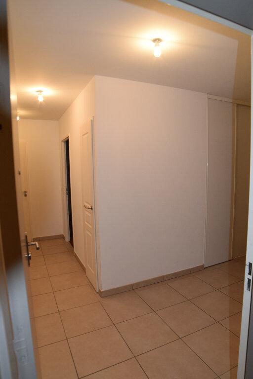 Appartement à louer 3 65.49m2 à Gex vignette-15