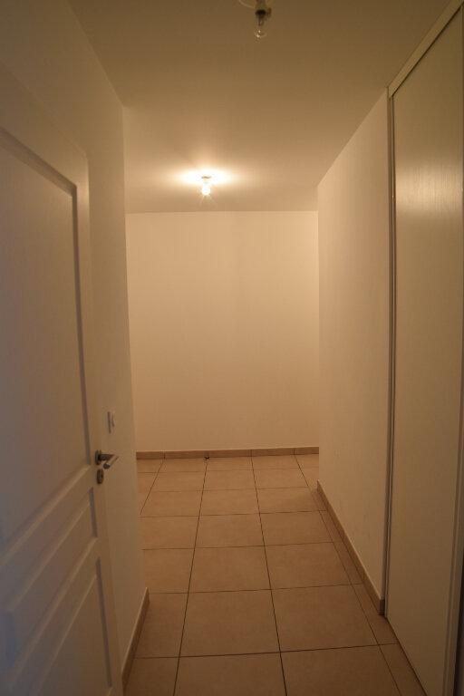 Appartement à louer 3 65.49m2 à Gex vignette-16