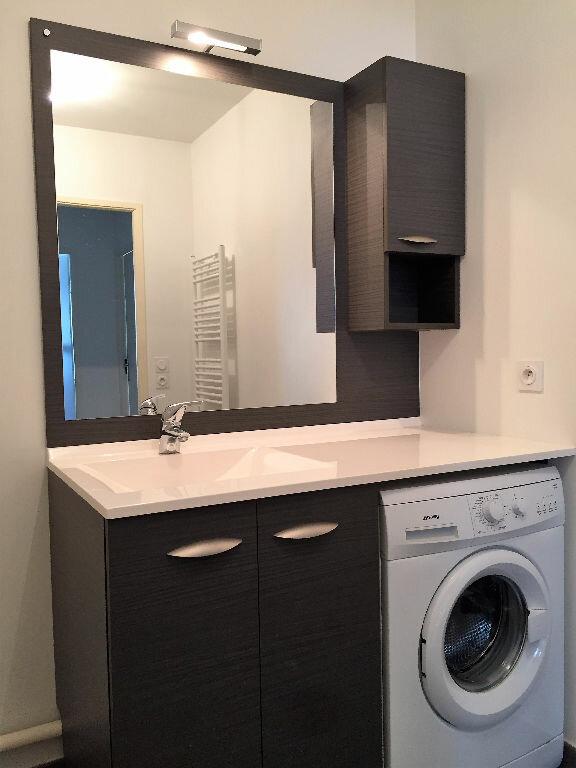 Appartement à louer 2 37.17m2 à Gex vignette-2