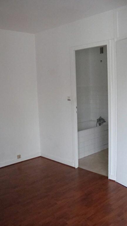 Appartement à louer 1 35.94m2 à Gex vignette-6