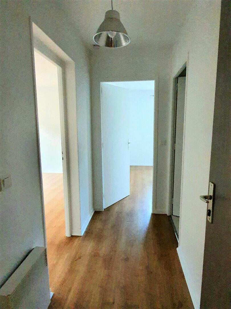 Appartement à louer 2 41m2 à Gex vignette-5