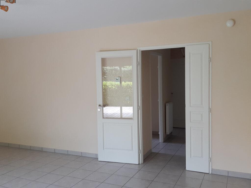 Appartement à louer 2 55.71m2 à Gex vignette-4