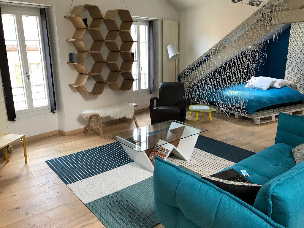 Appartement à louer 1 58.13m2 à Gex vignette-5