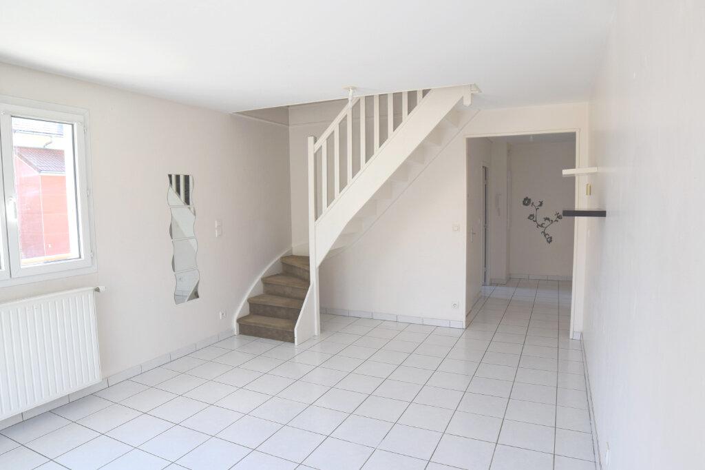 Appartement à vendre 3 56.85m2 à Gex vignette-1