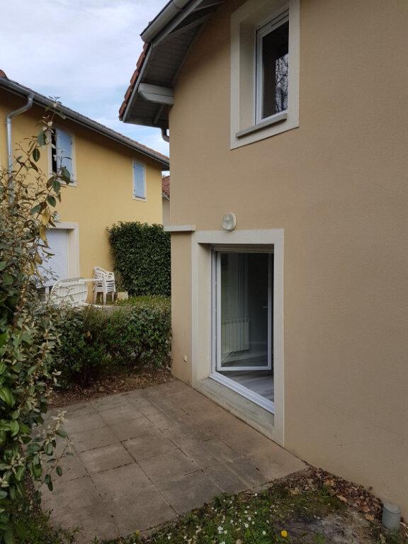 Maison à louer 3 62.65m2 à Prévessin-Moëns vignette-9