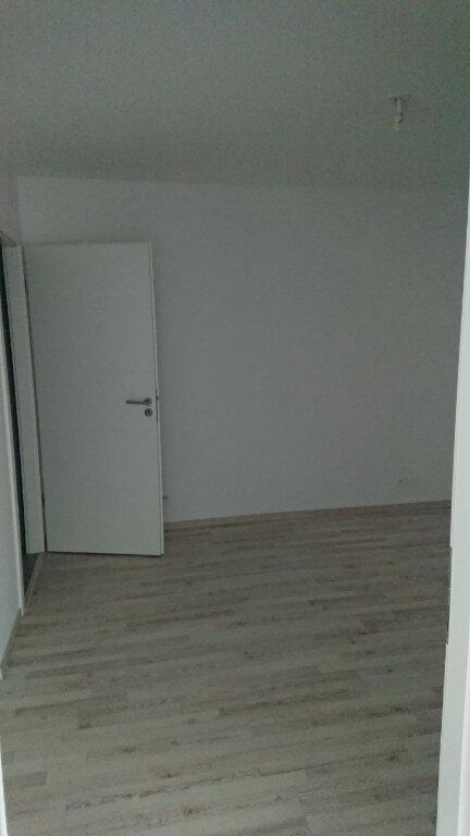 Appartement à louer 2 53.93m2 à Gex vignette-4