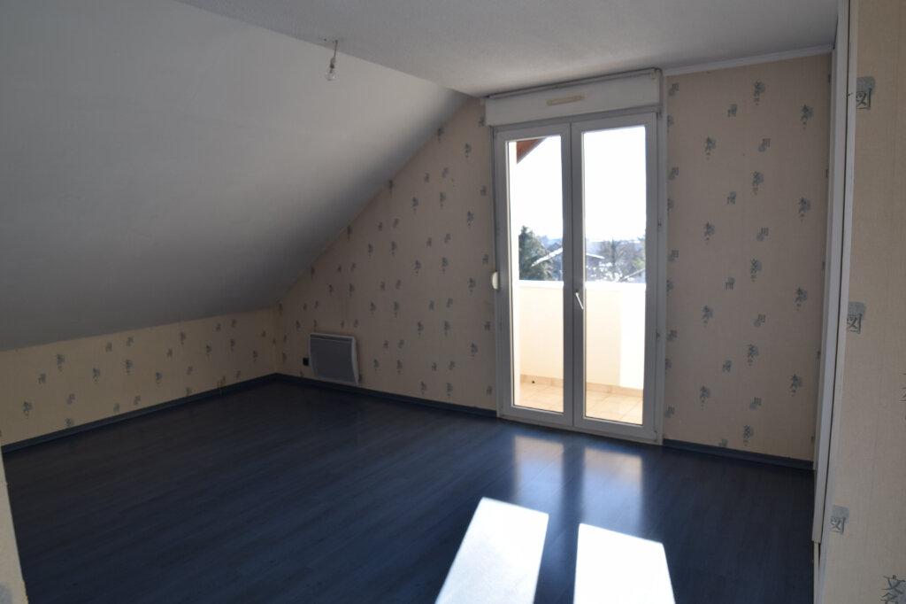 Appartement à louer 4 129.84m2 à Gex vignette-8
