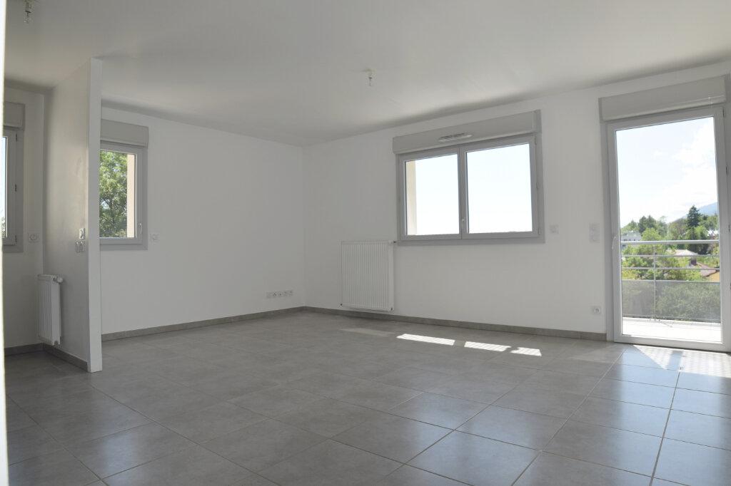 Appartement à vendre 4 76.08m2 à Gex vignette-1
