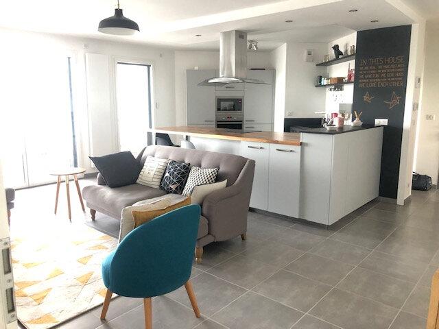 Appartement à louer 4 88.96m2 à Divonne-les-Bains vignette-1
