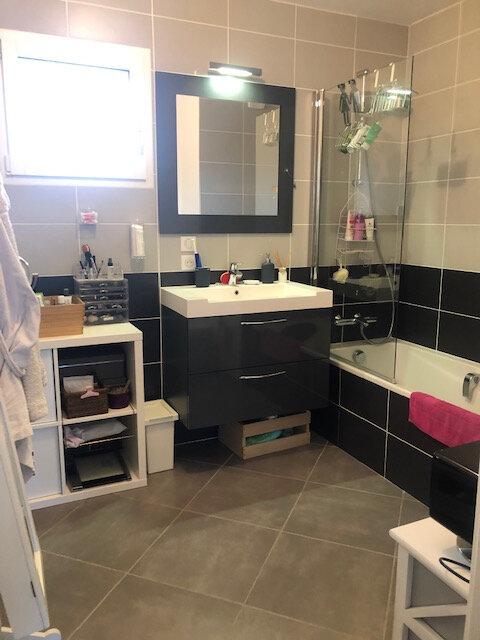 Appartement à louer 4 88.96m2 à Divonne-les-Bains vignette-6