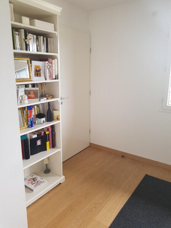 Appartement à louer 4 88.96m2 à Divonne-les-Bains vignette-7