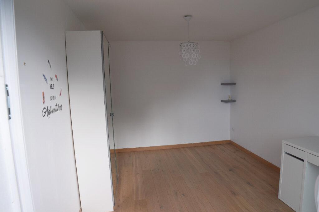 Appartement à louer 3 73m2 à Divonne-les-Bains vignette-5