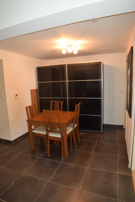 Appartement à louer 3 73m2 à Divonne-les-Bains vignette-8