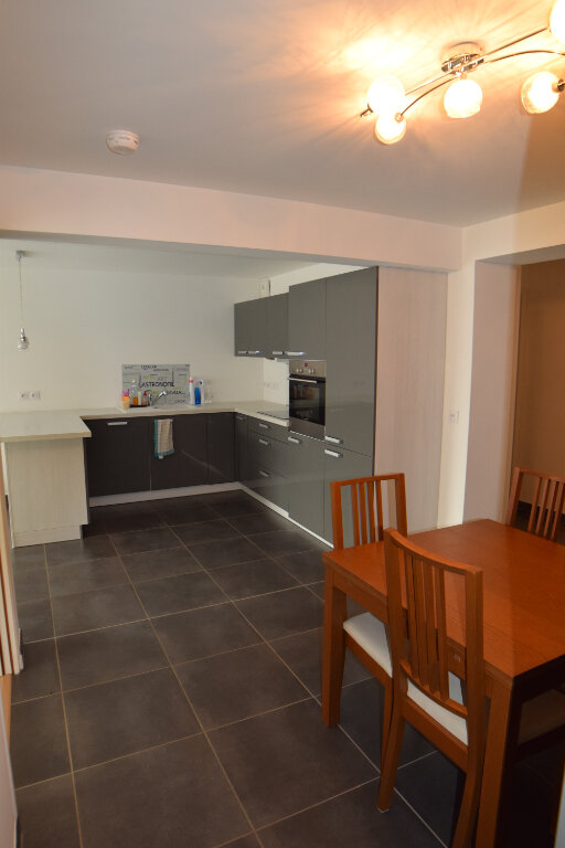 Appartement à louer 3 73m2 à Divonne-les-Bains vignette-12