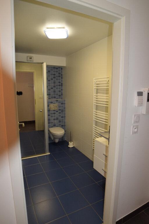 Appartement à louer 3 73m2 à Divonne-les-Bains vignette-14