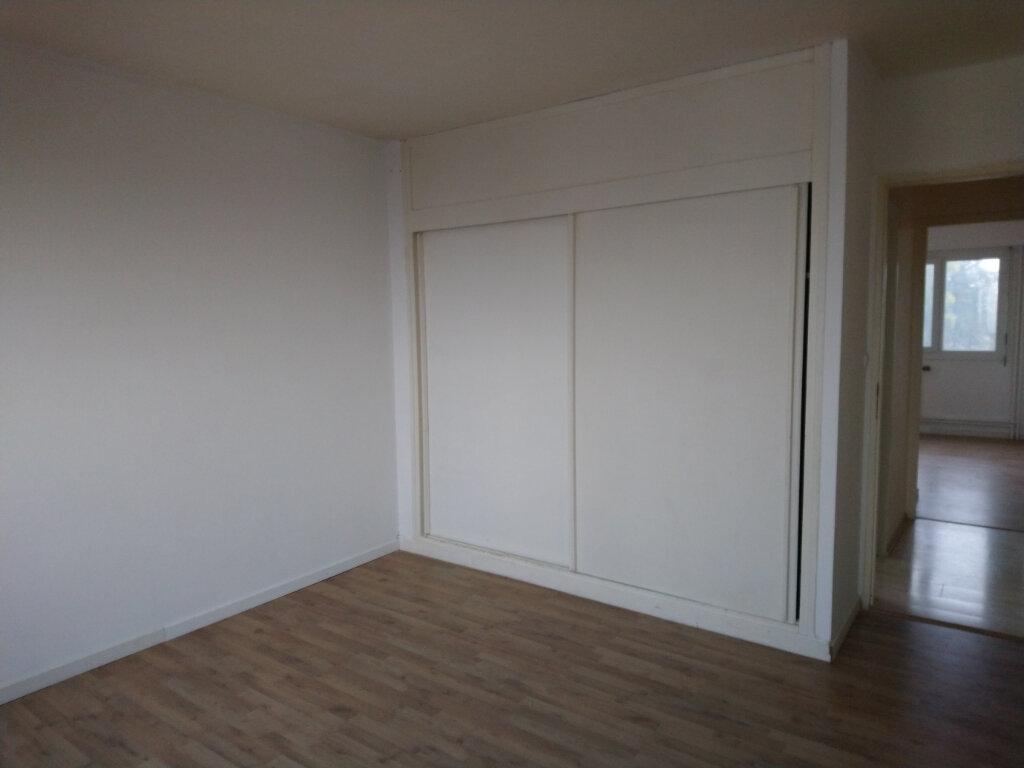 Appartement à vendre 3 74.55m2 à Gex vignette-4