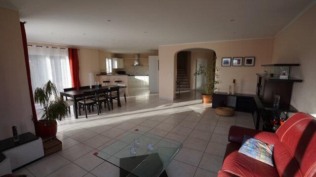Maison à louer 5 169.45m2 à Péron vignette-4