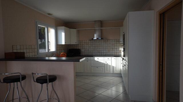 Maison à louer 5 169.45m2 à Péron vignette-7