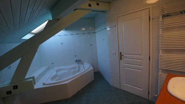 Maison à louer 5 169.45m2 à Péron vignette-12