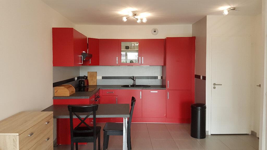 Appartement à louer 2 43.05m2 à Échenevex vignette-4