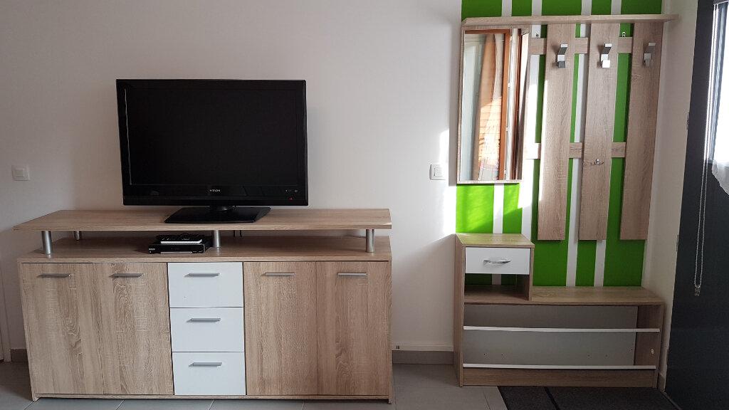 Appartement à louer 2 43.05m2 à Échenevex vignette-5