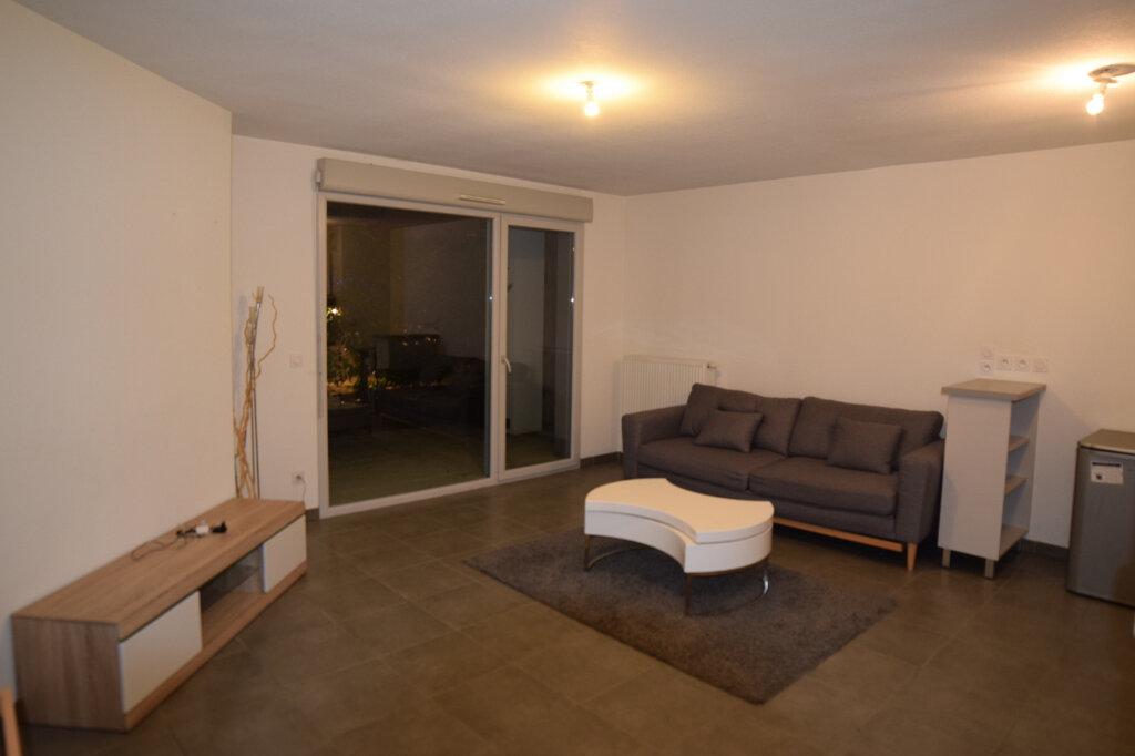 Appartement à louer 2 43.54m2 à Gex vignette-5