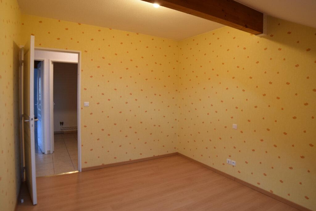 Appartement à louer 3 63.29m2 à Gex vignette-9
