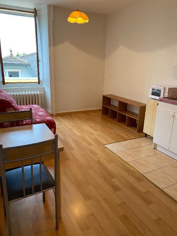Appartement à louer 1 17.54m2 à Gex vignette-3