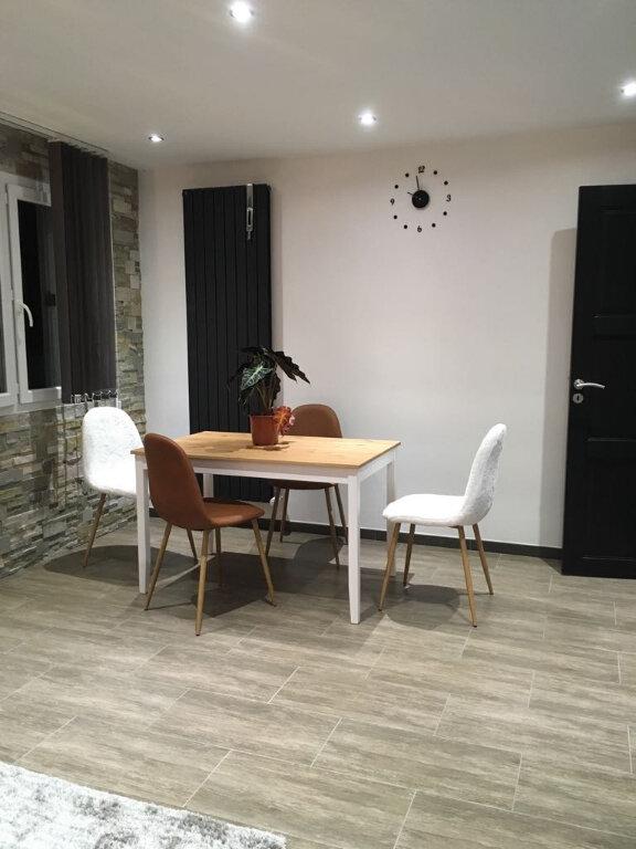 Appartement à louer 2 47.28m2 à Saint-Genis-Pouilly vignette-4
