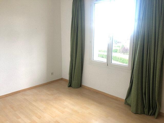 Appartement à louer 3 87.5m2 à Gex vignette-3