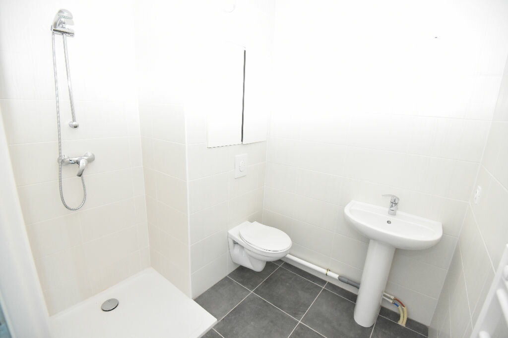 Appartement à vendre 4 90.6m2 à Metz vignette-4