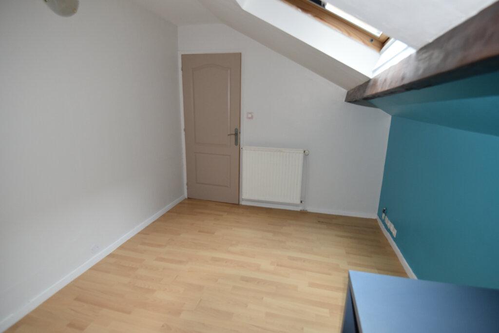 Appartement à louer 4 76m2 à Metz vignette-7